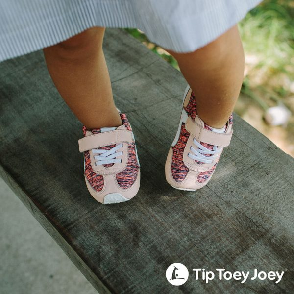 Tip Toey Joey Starty Girls Sneaker - Neon Pink / Papaya lifestyle