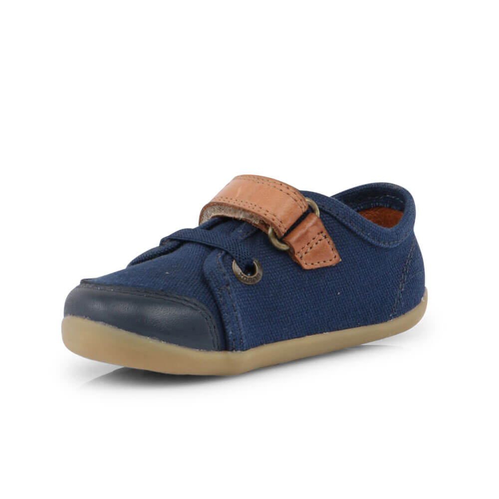Bobux Leisure Trainer - Navy front right