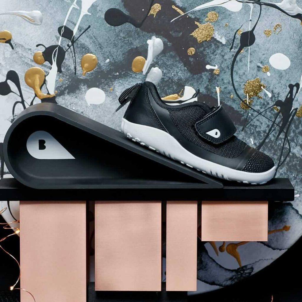 Bobux Lo Dimension I-Walk Sneaker – Black lifestyle
