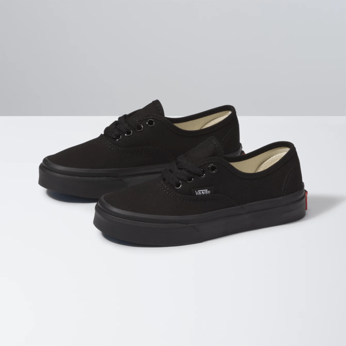 Vans Authentic kids Black/Black side view