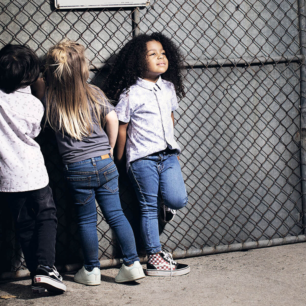 Days of Denim - Kids Skinny Jeans - Classic / Denim Wash - Lifestyle 4