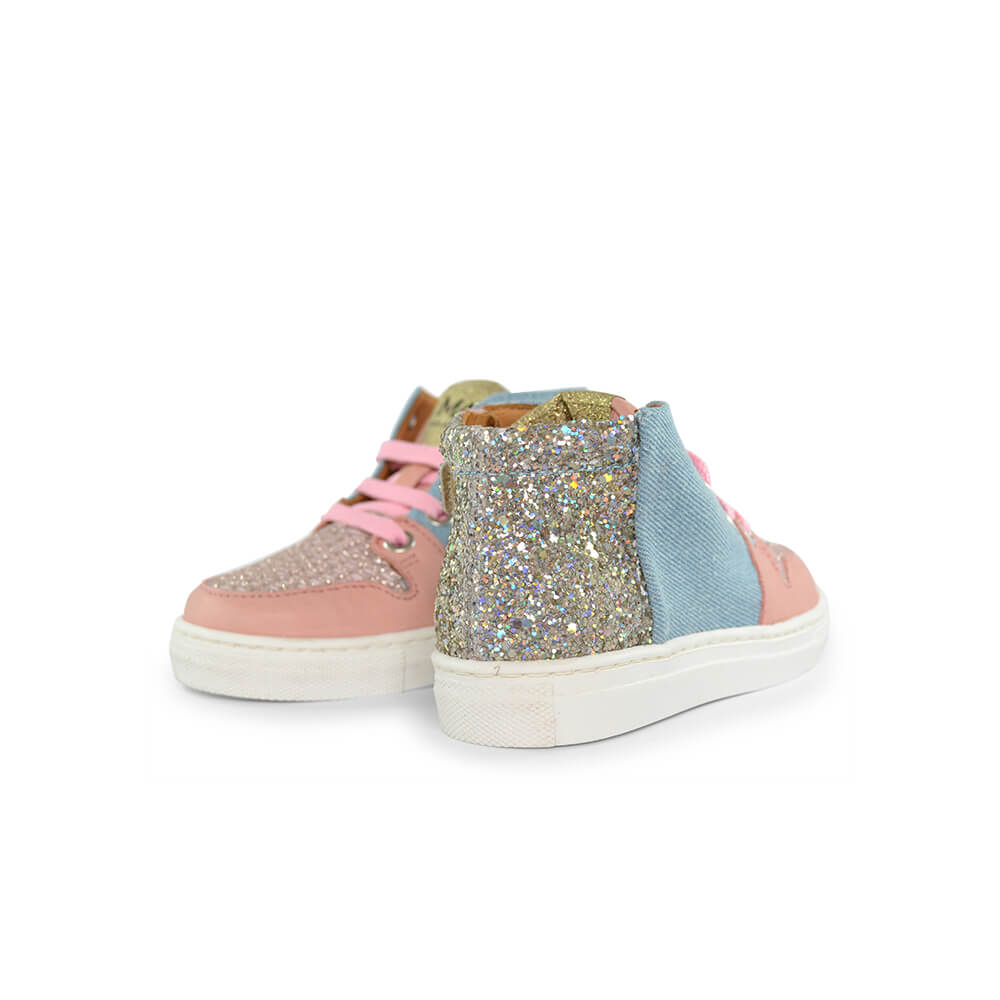Jaruco Light Pink/Denim Sneaker angle pair