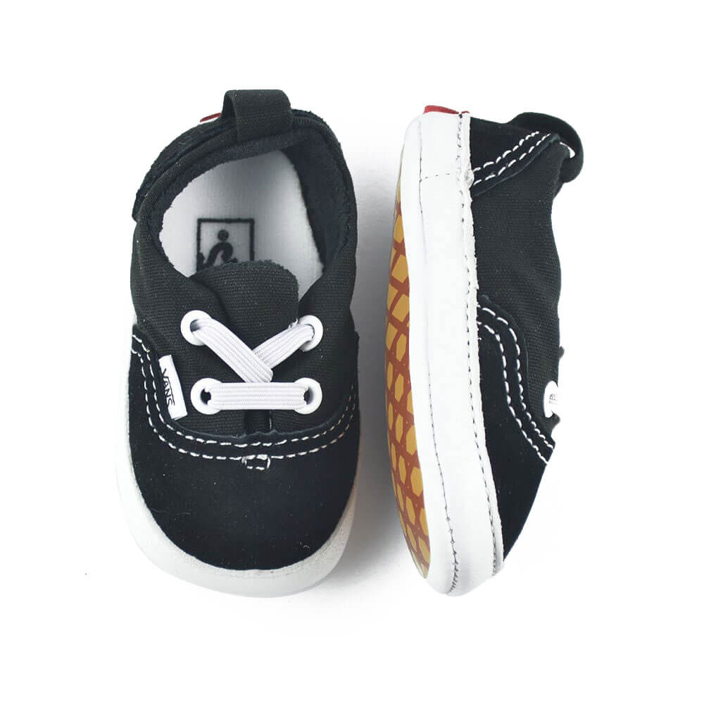 Vans Baby Era Crib Sneaker – Black top angle pair