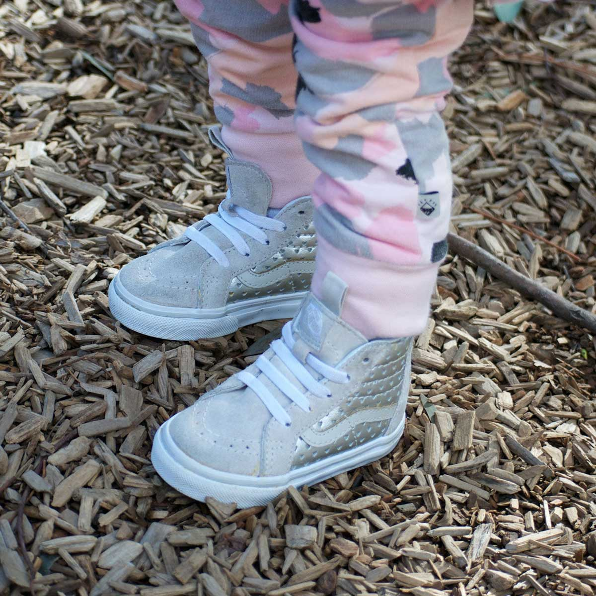 Vans Kids SK8-Hi Zip Sneaker - Gold Hearts Kids Vans
