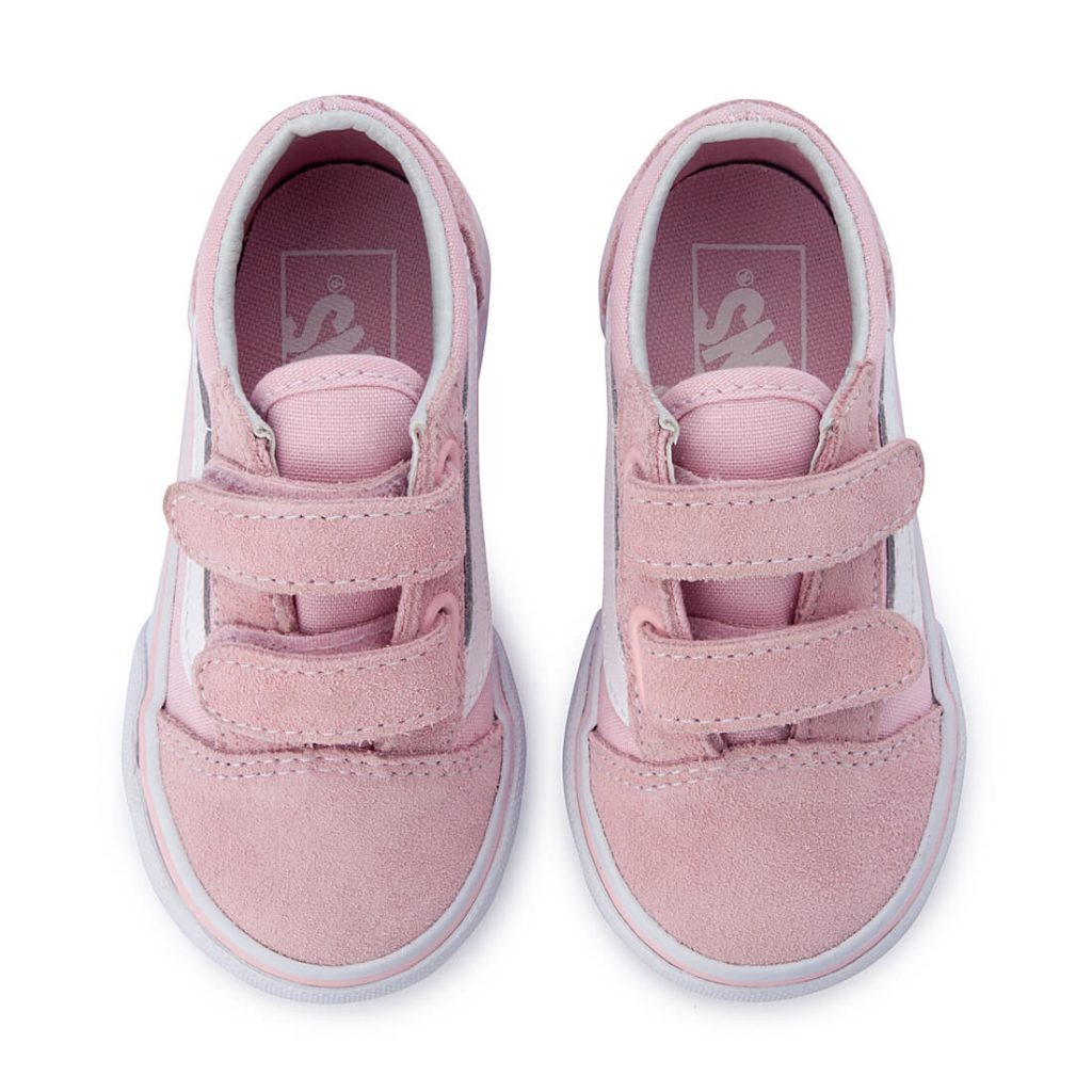 Vans Kids Old Skool V Sneaker – Pink top pair